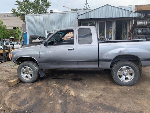 1996 T100, 2000 Tacoma